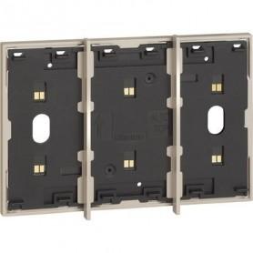 Marco electrificado Living Nowpara caja de 3 modulosBticinoKM8103para instalaciones MyHOME
